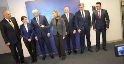 Altı Başbakanın Toplantısında Reformların Hızlandırılması İstendi