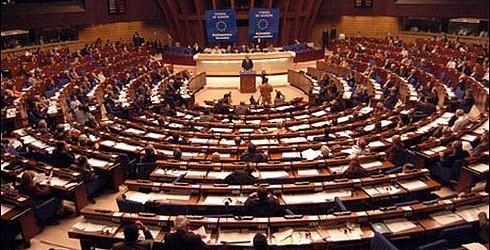 Avrupa Konseyi Bakanlar Komitesi Yunanistan'ı bir kez daha uyardı