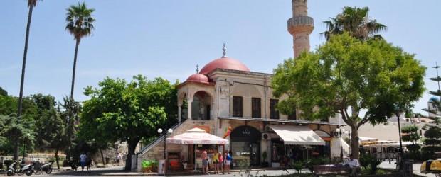 """""""İstanköy'deki Türkler milli ve dini özgürlüklerini yerine getirmekten mahrum"""""""